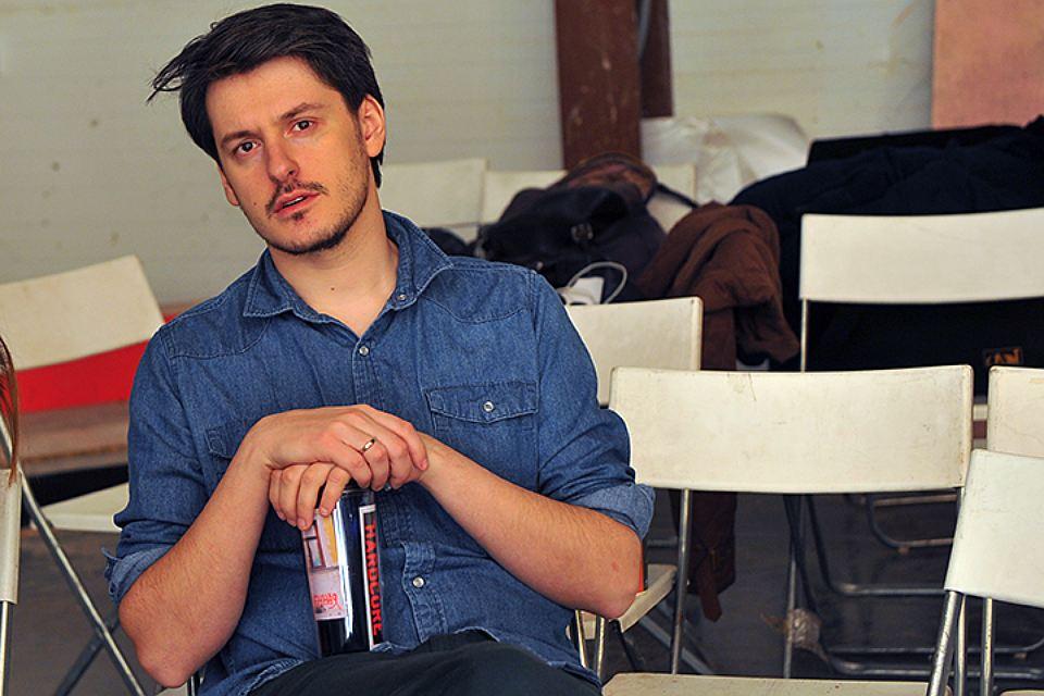 Илья Найшуллер
